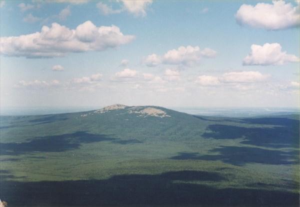 33. Вид с Круглицы на г. Ицыл (1068 м)