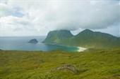 Вид на пляж Haukland