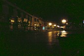 Улица Лхасы недалеко от монастыря Джоканг