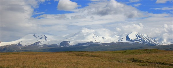 Ледники Алтайского хребета.