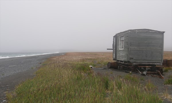 Балок на берегу Ледовитого океана