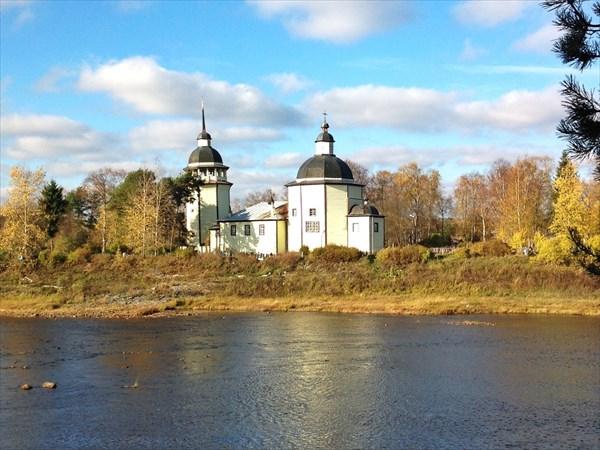 Восресенкская церковь