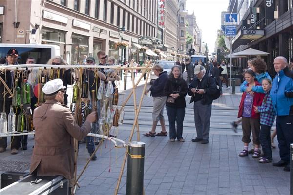 Хельсинки. Уличный музыкант