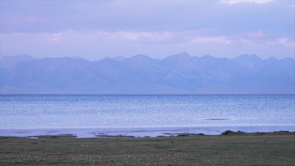 Озеро Сонг Кель