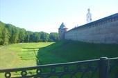 Крепостной ров и Кремлёвские стены