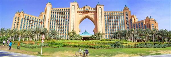 Безумно дорогой отель на верхушке пальмы Джумейра