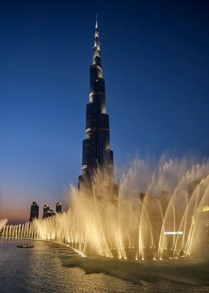 Потрясающий танцующий фонтан