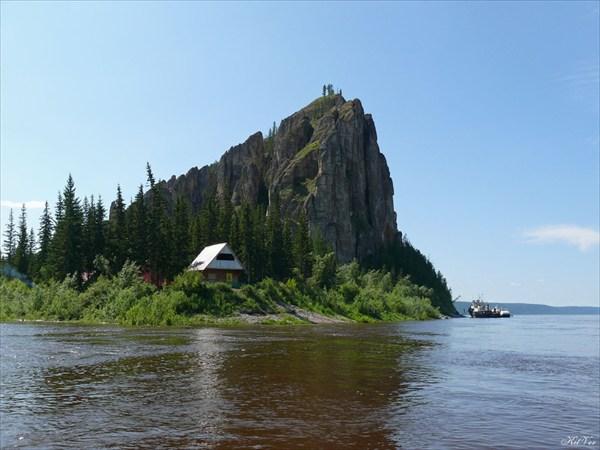 Общий вид горы со смотровой площадкой