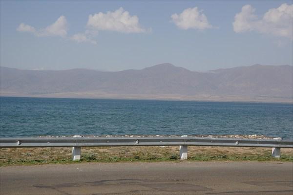 Южный берег озера Севан