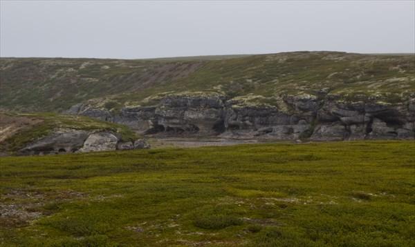 Первый из каньонов останцев выветривания на Белой.