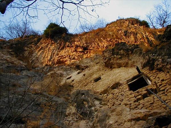 Мчиштинский скальный замок