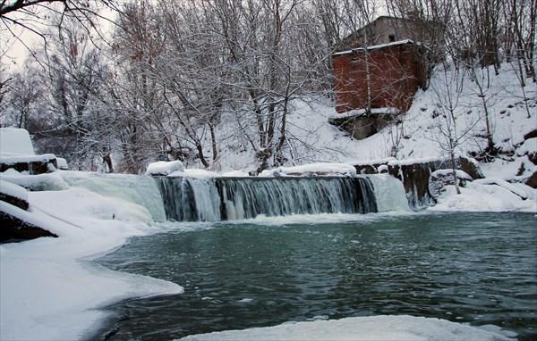 Река Нерехта (плотина) незадолго до впадения в Солоницу