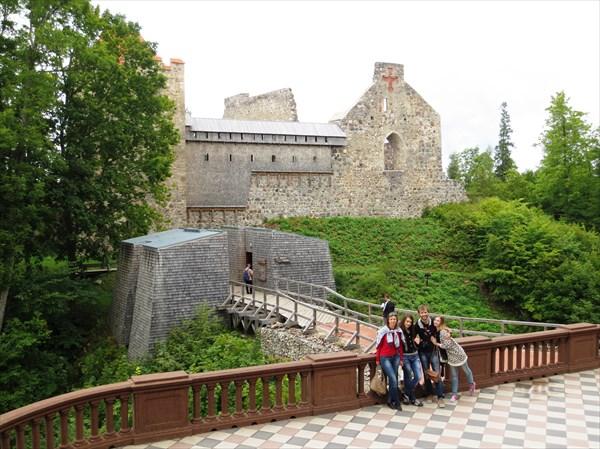Сигулда. Развалины старого замка 1207 г