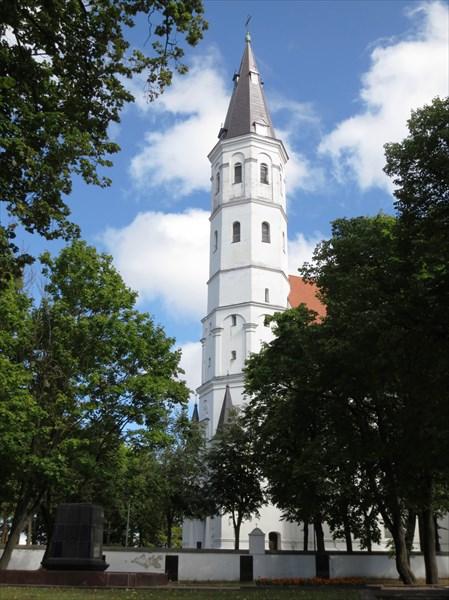 Собор Святых Петра и Павла (Шяуляй) 1617 г