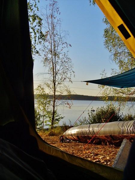 Утром,из палатки дивный вид.
