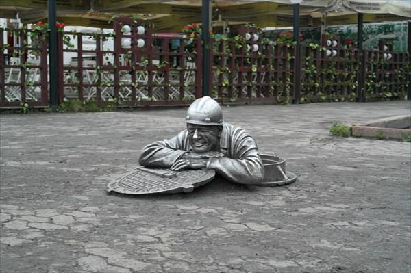 Памятник Степанычу