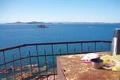 Вид с маяка на о.Верховского