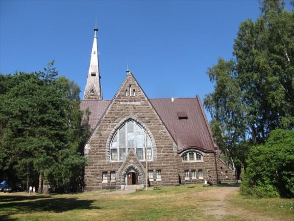 Церковь (ныне краеведческий музей) в Приморске