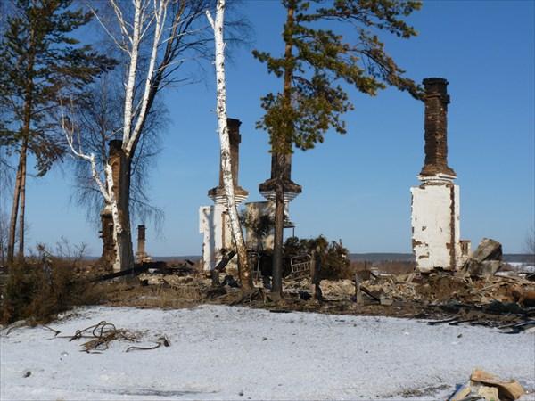 Подготовка к созданию водохранилища(сожжёная деревня)
