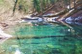 Небольшое озерцо на пути к озеру Малая Рица