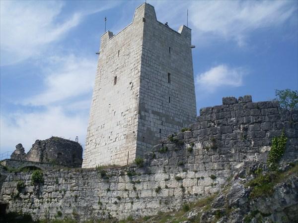 Анакопийская крепость, Восточная башня