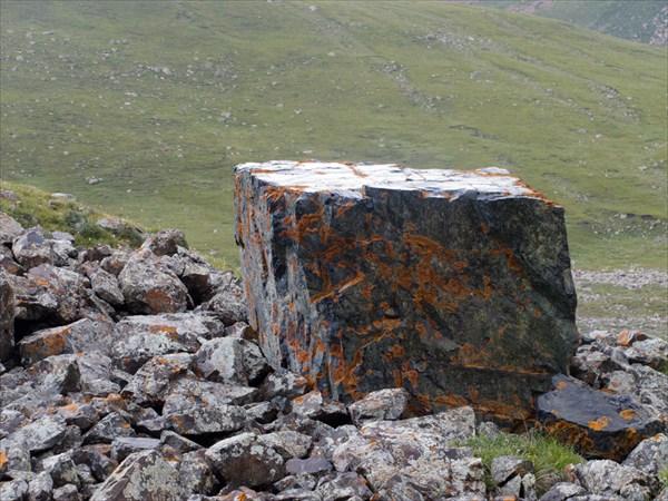 Камень на правильной тропе