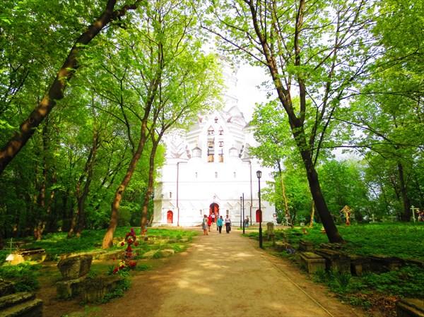 Храм Усекновения главы Иоанна Предтечи в Дьякове XVI в