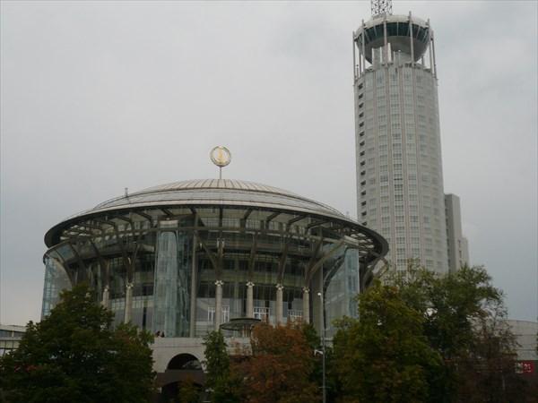Московский международный Дом музыки 2000