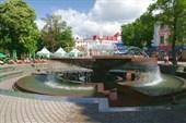 Ивано-Франковск (фонтан рядом с почтой)