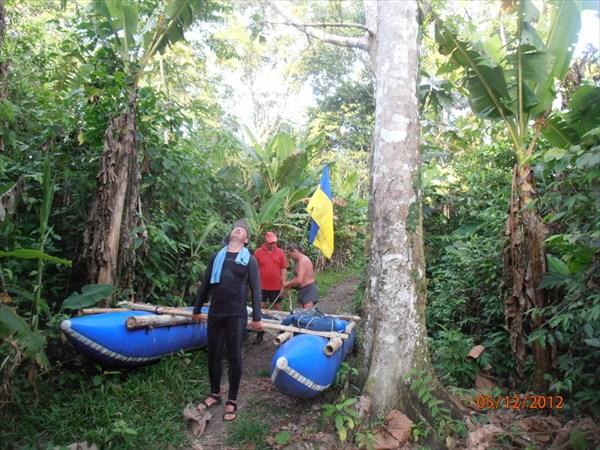 По джунглям на катамаране