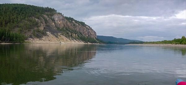 Чара в районе притока Улахан-Сугджу