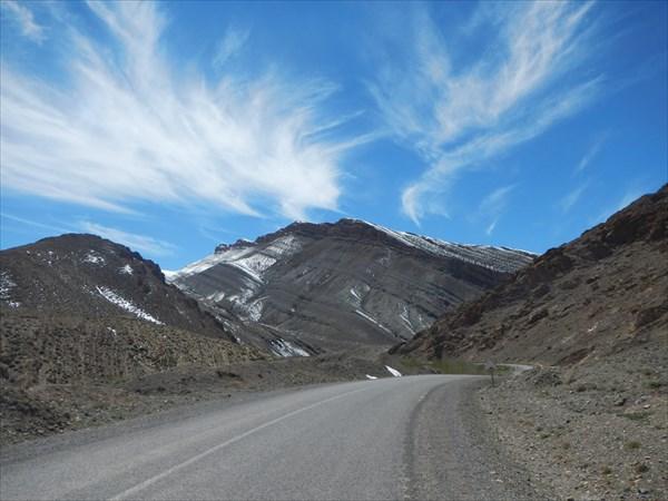 Перевал через горы Мсадрид