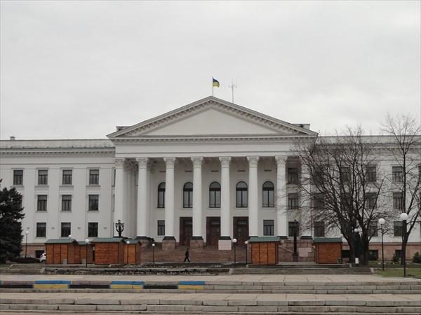 Соцгород. Главная площадь областного центра
