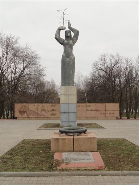 Стандартный памятник героям ВОВ