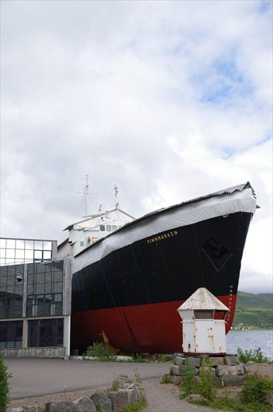"Судно ""Finnmarken"", в котором находится музей ""Hurtigruten"""