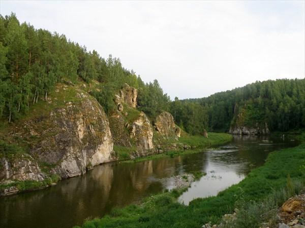 Река за карьером