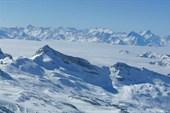 Вид на Италию с высоты 4 000 метров.