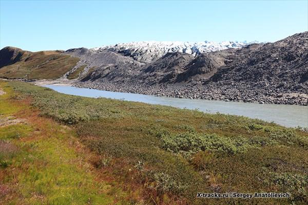 Река, вытекающая из-под ледника.