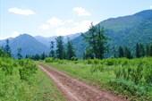 Дорога из поселка Тюнгур