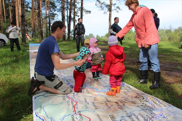 Самый большой интерактивный коврик для детей в мире!