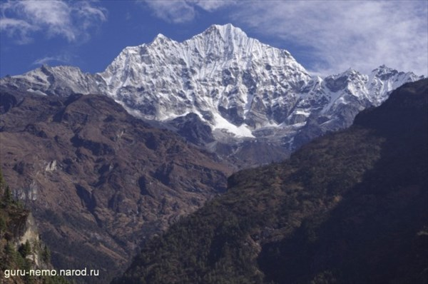 Thamserku (6618 м)