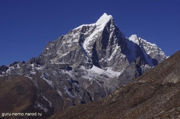 Tabuche Peak (6495 м)