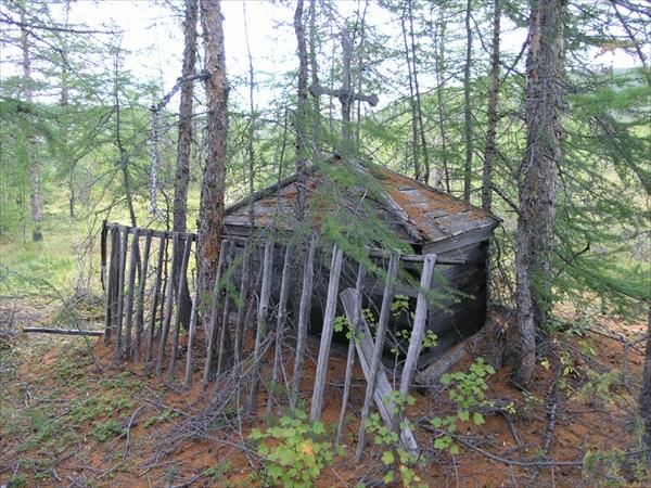 Безымянная могила на Котуй-Кане