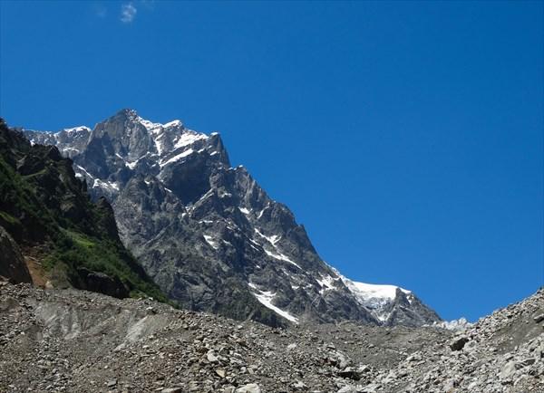 Горы Сванетии и ледник Чалаади
