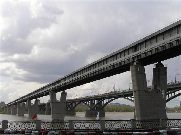 Вид на мосты Новосибирска.