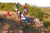 Ростовские туристы на скале