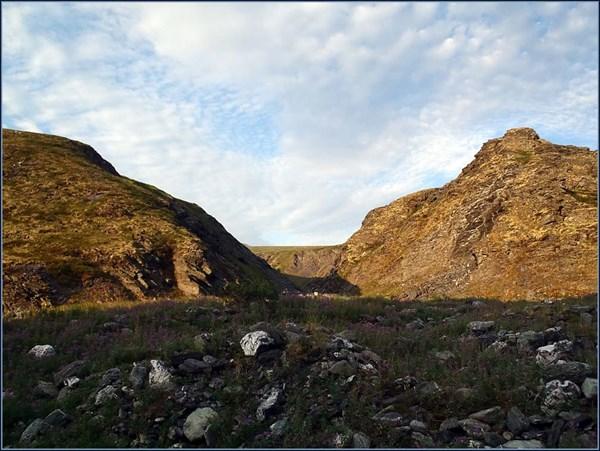 Вид вниз по ущелью Кушвож