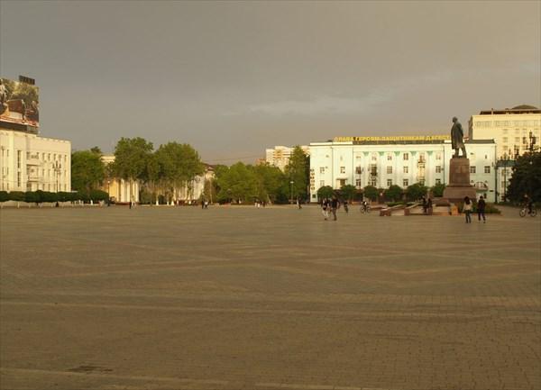 Центральная площадь Ленина