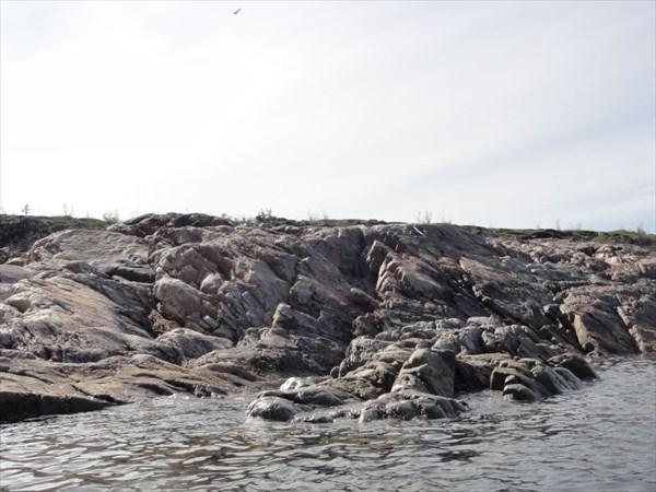 У Вороньих островов