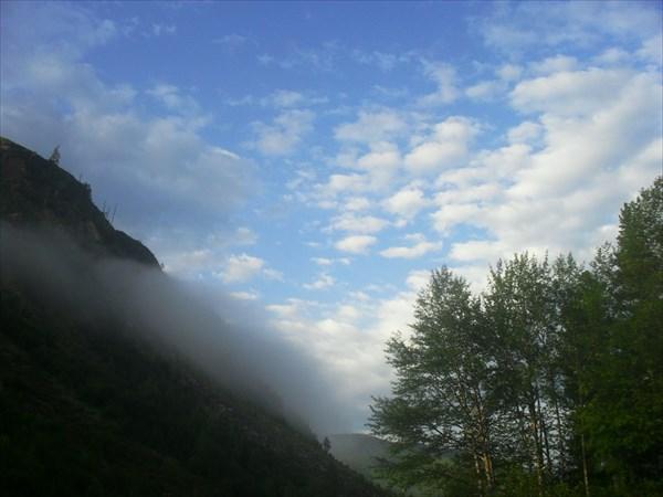 Немного испортилась погода, но вид на горы все равно непередавае